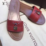 LV鞋子-001-3 路易威登春夏新款經典款鎖頭裝飾平底拖鞋一字拖