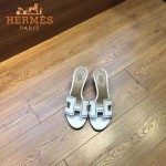 HERMES鞋子-005-3 愛馬仕經典款進口牛皮H型穿孔透氣中跟拖鞋一字拖