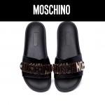 MOSCHINO鞋子-002 莫斯奇諾經典款金屬LOGO進口牛皮平底拖鞋一字拖