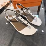 HERMES鞋子-003-5 專屬配長裙款鉚釘設計專櫃飾釦平底夾趾涼鞋