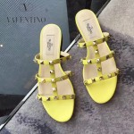 VALENTINO鞋子-001-4 網紅推薦款鉚釘設計原版胎牛皮平底拖鞋
