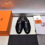 HERMES鞋子-0010-3 愛馬仕春夏新款經典皮扣配原版定制帆布平底拖鞋