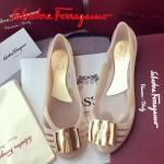 Ferragamo鞋子-001-2 菲拉格慕人氣經典款鞋面金屬扣配塑膠材質平底果凍鞋