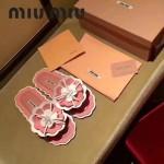 Miu Miu鞋子-001 繆繆網紅同款泳裝系列進口牛漆皮花朵平底夾趾拖鞋