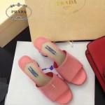 PRADA鞋子-004-3 普拉達春夏季新款進口牛漆皮鞋面後跟花朵粗跟露趾拖鞋