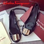 Ferragamo鞋子-001-4 菲拉格慕人氣經典款鞋面金屬扣配塑膠材質平底果凍鞋