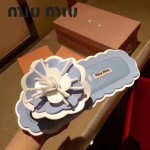 Miu Miu鞋子-001-2 繆繆網紅同款泳裝系列進口牛漆皮花朵平底夾趾拖鞋