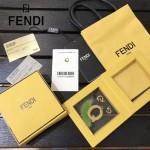 FENDI-024-12 專櫃新品ABCLICK系列原單Q字母金屬搭配皮草掛飾可當首飾