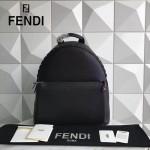 FENDI 2263-2 型男必備單品黑色原版南非小牛皮鉚釘裝飾休閒雙肩包書包