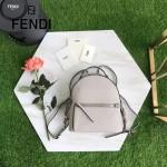 FENDI 6223-3 甜美可愛風BY THE WAY灰色原版皮搭配花朵尾巴休閒雙肩包書包