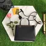 FENDI 2601-2 時尚精美黑色原版牛皮配毛邊側皮琺瑯裝飾條手提單肩包