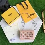 FENDI 5346 名媛必備粉色原版小牛皮搭配鑽石亞克力鉚釘單肩斜挎包晚宴包