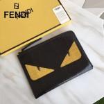 FENDI 0363-17 魅力男士之選小怪獸眼睛鱷魚紋搭配蟒蛇皮休閒手拿包