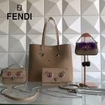 FENDI 8768B 春季萌趣小雞表情貼片裸色原版小牛皮單肩購物袋
