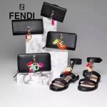 FENDI 0212 專櫃最新鉚釘裝飾黑色原版牛皮長款拉鏈錢包