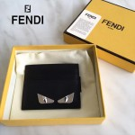 FENDI 0165-3 時尚新款2JOURS小怪獸眼睛金屬貼片黑色原版牛皮6卡位卡片夾
