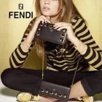 FENDI 0299-9 專櫃新品黑色原版牛皮金屬鉚釘裝飾長款拉鏈錢包