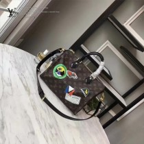 LV M41047 專櫃新品speedy 30趣味酒店標誌原版皮枕頭包波斯頓包
