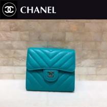 CHANEL-01104 最新款羊皮V型湖水藍女士銀扣短款錢夾