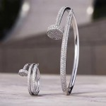 Cartier 飾品-004 2017經典款亞金版JUSTE UN CLOU 系列亞金材質電鍍厚金黃金玫瑰金釘子帶鑽手鐲