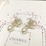 CHANEL 飾品-018-3 香奈兒復古月牙系列新款雙C帶珍珠耳環