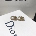 DIOR飾品-010-3 秋冬新款Ciair D Lune925純銀CD施華洛世奇鑽石耳釘