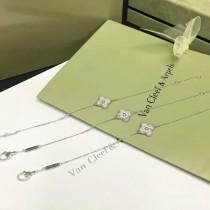 Van Cleef&Arpels飾品-010-2 潮流爆款女士VCA925純銀材質鑲鑽四葉草手鏈