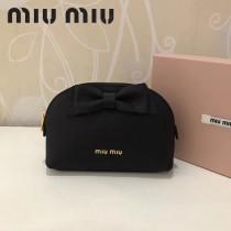 MIUMIU 5ND009-3 輕便實用蝴蝶結黑色原版馬德拉斯山羊皮大號收納包化妝包