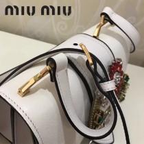 MIUMIU 5BH609-3 雙層進口原版山羊紋磁釦開合翻蓋手工鑲嵌搭扣之上艷麗施華洛世奇寶石磨砂真皮內襯斜挎包