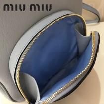 MIUMIU 5BZ013 頂級進口馬德拉斯山羊皮頂級拉絲五金製作皮革新款背包
