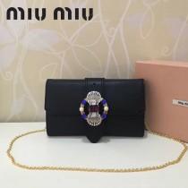 MIUMIU 5BF041-2 進口原版山羊紋金屬配件手工鑲嵌與搭扣之上的艷麗施華洛世奇寶石磁釦開合翻蓋斜挎包