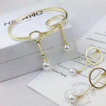 Celestine-001 新品專櫃原版淺金色水滴珍珠耳環手鐲戒指套裝