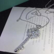 Tiffany & Co-06 經典鑰匙中國結亞金材質電鍍18K白金高碳鉆歐美同步長項鏈毛衣鏈