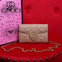 GUCCI 443122-5 新品藕粉色原版牛皮搭配雙G珍珠扣信封式小包