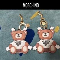 Moschino-049 莫斯奇諾可愛背帶泰迪小熊鑰匙圈包包掛件