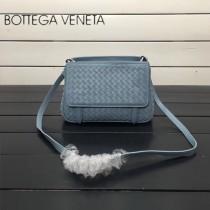 BV 168060-5 簡約休閒灰藍色編織羊皮雙面隔層單肩斜挎包