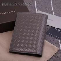 BV-173398-5 小巧輕盈簡約時尚雙折疊設計羊皮護照夾