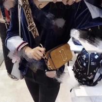 Marc Jacobs-004 秋冬新配色精緻小巧鹿皮款Snapshot相機包
