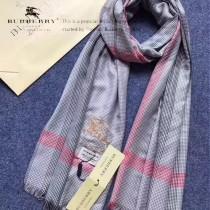 Burberry特價圍巾-01-4 巴寶莉新款來襲秋冬保暖絲滑面料刺繡LOGO長款圍巾