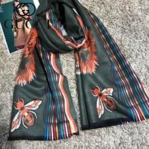 GUCCI特價圍巾-04-3 古馳秋冬保暖虎頭提花系列加厚款羊絨圍巾披肩