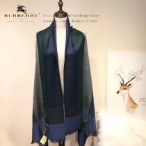 Burberry特價圍巾-001-3 巴寶莉紀念伊麗莎白女王二士勛章特備款圍巾