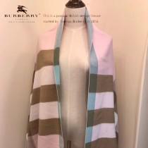 Burberry特價圍巾-002 新款刺繡羊絨款雙面用圍巾披肩