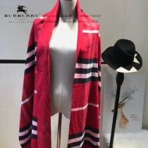 Burberry特價圍巾-004-3 最新款專櫃同步羊絨款雙面兩用圍巾披肩