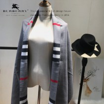 Burberry特價圍巾-004-2 最新款專櫃同步羊絨款雙面兩用圍巾披肩