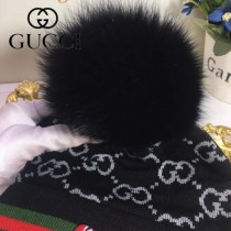 GUCCI帽子-4 古馳最新款刺繡老虎簡單大方混紡羊毛面料狐狸毛毛球情侶款毛線單帽
