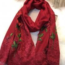 D&G圍巾-01 杜嘉班納巴黎走秀系列玫瑰花刺繡羊毛長款圍巾