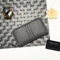 BV-V85318 經典款手工編織刺繡圖案拉鏈款胎牛皮手包