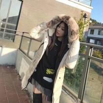 Moncler衣服-024-2 蒙口專櫃爆款冬季禦寒女士狐狸毛領長款羽絨服