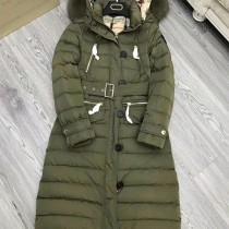 burberry衣服-04-3 巴寶莉專櫃限量版北美郊狼毛領長款羽絨外套