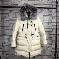 Moncler衣服-048-2 蒙口官網同步保暖女士銀狐大毛領羽絨外套